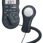 Reed Instruments R8150-NIST Light Meter (Old Model # ST-1301-NIST)